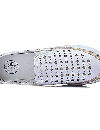 ShangYi gyht Scarpe Donna-Sneakers alla moda-Ufficio e lavoro / Casual / Sportivo-Punta arrotondata-Piatto-Finta pelle-Bianco / Argento Silver