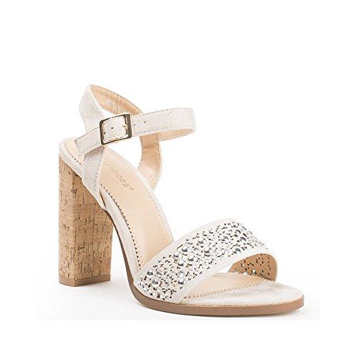 Ideal Shoes Sandales à Talon Carré avec Partie Ajourée et Strassée Henya Beige