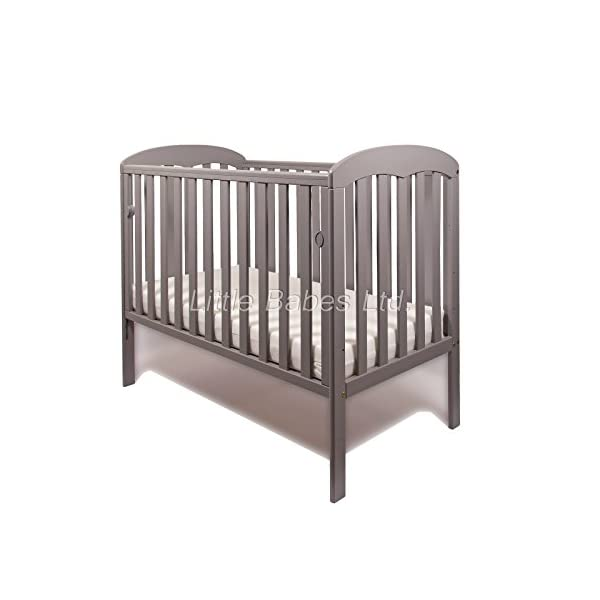 New Little Babes Ltd Mia Dropside Baby Cot Only (Grey) LITTLE BABES LTD *Little Babes Ltd Mia Dropside Cot complies with all current British & European Safety Standards BS EN 716-1: & 2:2008 *Cot Features: - drop side cot - quality pine wood - drop side - 3 position mattress base - teething rails - strong base *Cot Dimensions: - H103 x W67 x L124,5cm 2