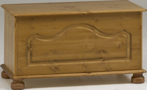 Steens Richmond Ottoman Pine Storage Chest