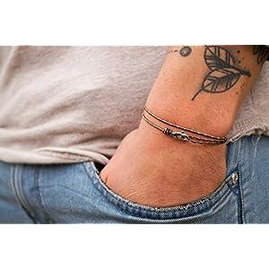 Dezentes Armband für Herren – edles Wickelarmband für Männer Minimalistisch – stufenlos verstellbar mit Karabiner-Haken Silber (Dark Retro)
