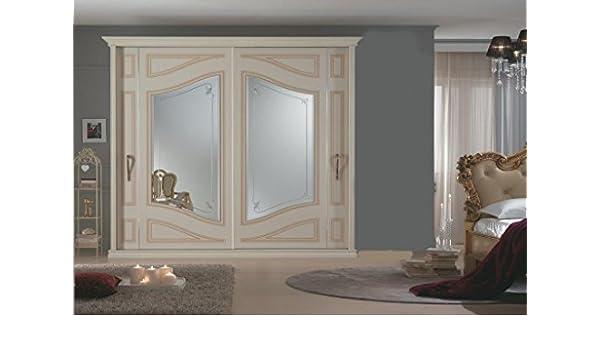 Armadi Classici In Decape.Le Chic Armadio Classico Avorio Decape Con Ante A Specchio