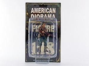 American Diorama-77411-Figura-WWII USA Soldier 2con Riffle-Escala 1/18-marrón/Beige