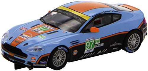 Les Voitures 1/32éme - A10116x300 - Voiture De Circuit - Aston martin V8 Vantage Gt2 Gulf