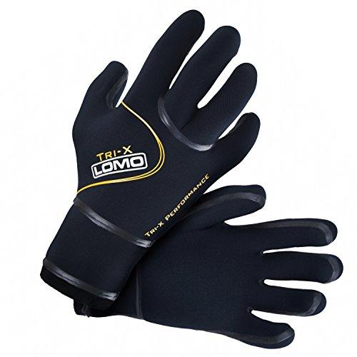 Triathlon and swimming gloves Test