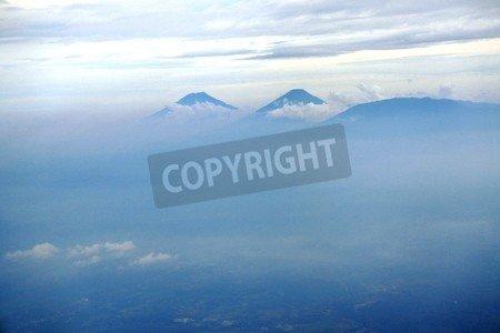 "Leinwand-Bild 110 x 70 cm: ""aerial photo sindoro and slamet mountain in central java near Semarang city (kendal, Batang, Pekalongan)"", Bild auf Leinwand"