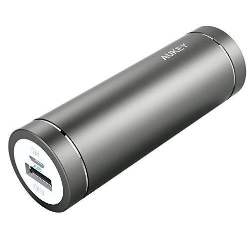 Aukey PB-N37 - Mini cargador portátil de 5000 mAh, color gris
