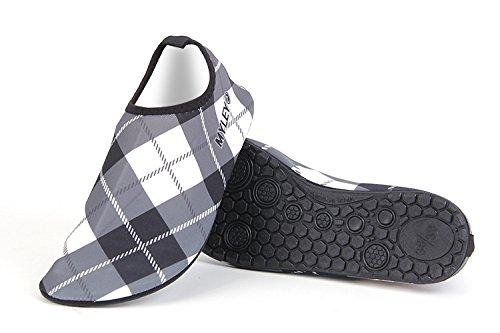 HYSENM Chaussure Aquatique 360° Flexible Résistant Séchage Rapide Semelle Antidérapant pour Sport Plage Piscine Surf Conduite Yoga gris