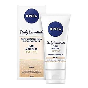 41Q3QYOtcNL. SS300  - NIVEA-Diarios-Esenciales-Tinted-Da-Crema-Hidratante-Natural-SPF-15-50-ml-Paquete-de-3