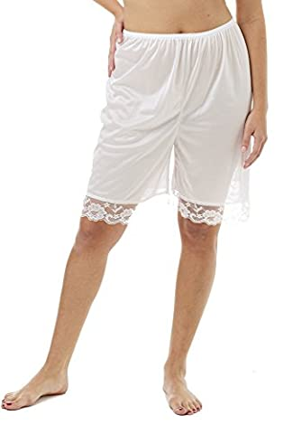 Underworks Pettipants Nylon Culotte Slip Bloomers Split Skirt 9-inch Inseam 3x-large-White