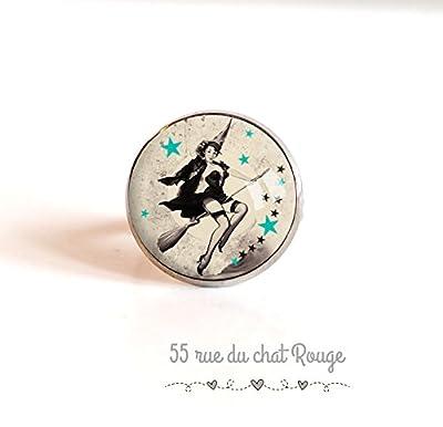 Bague cabochon 18 mm, Sorcière sur son balai, étoiles, pin up, année 60's