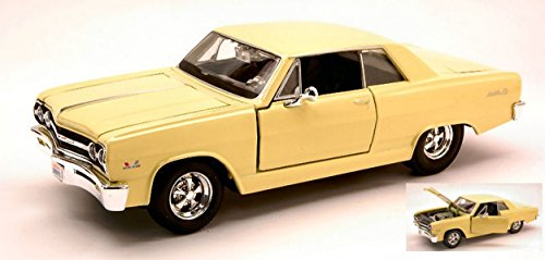 maisto-mi31258-chevrolet-malibu-ss-1965-light-yellow-124-modellino-die-cast