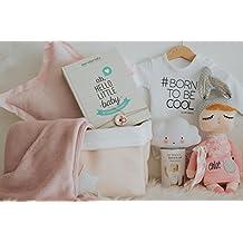 Cesta regalo bebé niña / Cool Baby - Body manga larga y 7 regalos originales para bebé + cesta de almacenaje rosa con estrella
