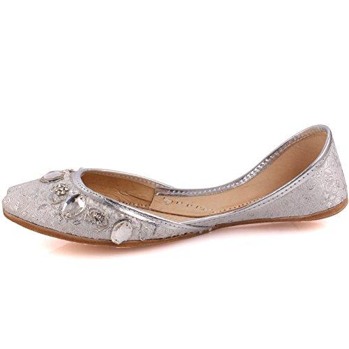Unze Neue Frauen Traditionelle 'Garnet' Handgefertigte Leder Flache Khussa Pumpe Hausschuhe Schuhe UK Größe 3-8 - Un-11 Silber