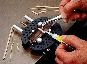 Preisvergleich Produktbild Morsa Gripper - Kleiner Schraubstock