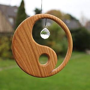 Fensterdeko aus Holz Yin Yang zum Aufhängen   Regenbogenkristall   Fensterschmuck Yin Yang   Fenster Deko   Geschenkidee