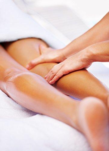 Deluxe Aroma Massagekerze Herzerwärmend, pflegendes Massagewachs in goldener Dose, Massage Duftkerze aus natürlichen Soja & Kokosölen - 4