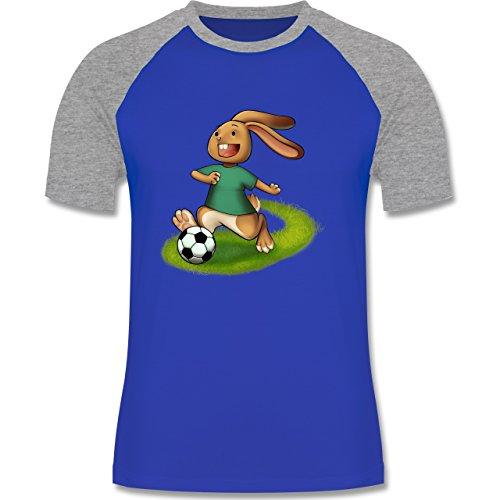 Shirtracer Fußball - Fußball Hase - Herren Baseball Shirt Royalblau/Grau meliert