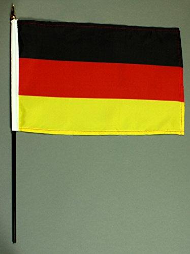 Handflagge Tischflagge Deutschland 20x30 cm mit 42 cm Mast aus PVC-Rohr, ohne Ständerfuß, Stockflagge