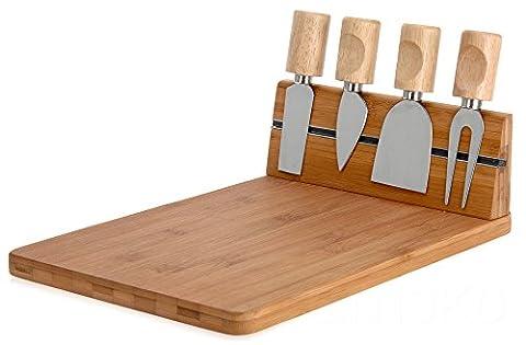 Käsebrett aus Bambus + 4 Messer