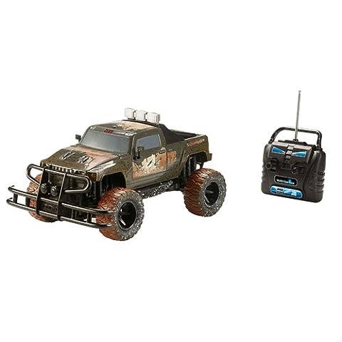 Revell Control RC Car - ferngesteuertes Auto mit 40 MHz Fernsteuerung, stabile Konstruktion, große Räder für gute Geländegängigkeit, LED-Beleuchtung, Batteriebetrieben - Buggy MUD SCOUT
