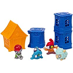 Zomlings Blister 4 Figures/3 Towers & House (Series 1) by Zomlings