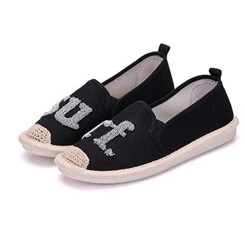 Frauen handgemachte beiläufige Schuhe Art- und Weiseweinlese-Segeltuch-flache Schuhe eine Vielzahl der chinesischen Art vorhanden Black