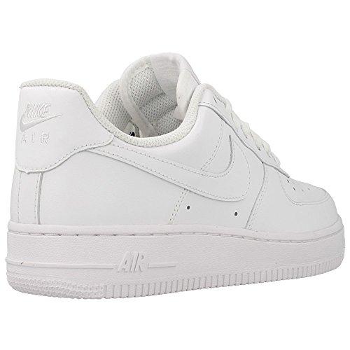 Nike Wmns Air Force 1 '07 Scarpe da basketball, Donna Bianco