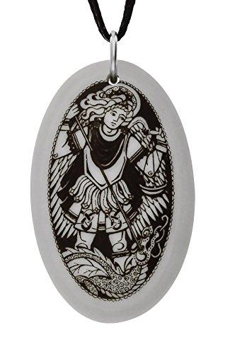Handgemachte Erzengel Saint Michael Oval geformte Porzellan Anhänger (auf schwarzer Schnur)