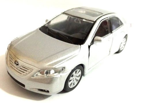 welly-toyota-camry-1-40-scale-475-diecast-model-car-new-silver-with-pull-back-sjs-by-unbrand