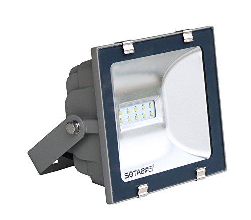 proyector-led-para-la-instalacion-fuera-del-local-proyector-led-para-alumbrar-la-calle-hidrofugo-ip-