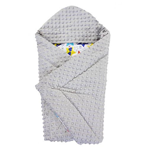 TupTam Baby Winter Einschlagdecke für Babyschale Wattiert, Farbe: Sterne Hello blau, Größe: ca. 75 x 75 cm