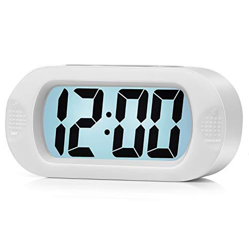 Einfach Einzustellen, Plumeet Großer Digitaler LCD-Reisewecker, Mit Schlummermodus und Nachtlicht, Ansteigendem Soundalarm & Handgerät-Größe, Bestes Geschenk Für Kinder (Weiß)