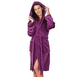 DecoKing 23389 Bademantel S violett kurz Damen Herren Unisex mit Kapuze Morgenmantel Mikrofaser weich leicht kuschelig Microfaser Fleece lila Violet Lilac Robby