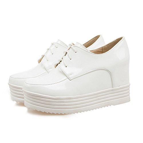 AllhqFashion Damen Pu Hoher Absatz Rund Zehe Rein Schnüren Pumps Schuhe Weiß