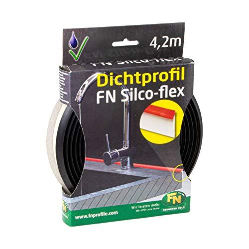 FN Silco-Flex Abdichtungsprofil schwarz Dichtlippe - NH10000 | Sockel-Abdichtung Küche & Arbeitsplatten | flexibler Kunststoff biegbar | 1 Packung - Dichtungsband 4,2 Meter ()