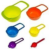 knora 6 Messlöffel, Messbecher, Messtassen zum Kochen, Backen und Dosieren; in Verschiedenen Farben mit ml und Cup + TBS - Angaben; aus Kunststoff