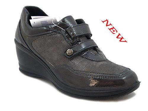 Imac Scarpa donna, sneaker in pelle stampata e lucida colore grigio, con doppio laccio a strap, sottopiede estraibile, 62150 i16