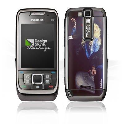DeinDesign Nokia E 66 Case Skin Sticker aus Vinyl-Folie Aufkleber Frau Föhn Kamm