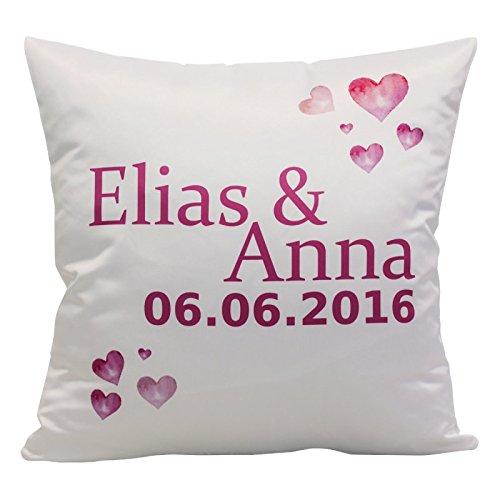Geschenke 24 Kissen – Herzen mit Namen: bedrucktes Zierkissen mit romantischem Herz-Motiv – personalisiert mit Zwei Namen und Einem Datum Deiner Wahl