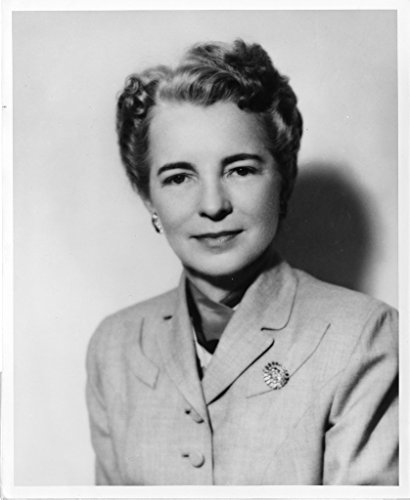 POSTER Lucile Petry Leone 1902 1999 Leone Lucile Petry 1902 1999 United States Public Health Service Office Surgeon General United States Cadet Nurse Corps Black and White Prints Nov 55 Topic Nursing Acc 90 105 SIA SIA2008 5239