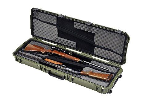 SKB, Valigetta da viaggio impermeabile stile militare per il trasporto di due fucili da 50 pollici, Verde (grün), 128.3 x 36.8 x 15.2 cm