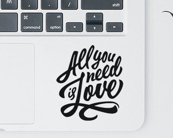 All You Need Is Love TrackPad par i-Sticker : Stickers autocollant MacBook Pro Air décoration ordinateur portable Mac Apple