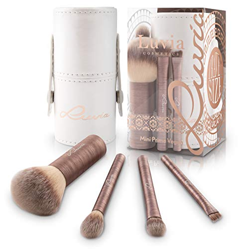 Luvia Reise-Pinsel-Set Mini Prime Vegan - Pinselset zum Reisen - 4 Beauty Make Up Pinsel Zum Schminken Für Unterwegs & Urlaub - Schminkpinsel/Kosmetikpinsel Inkl. Pinsel Reise Etui/Pinselhalter (Make-up-set Tarte)