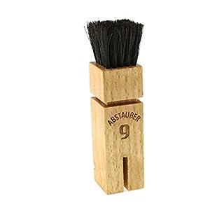 Abstauber - kleine Abstaub - Bürste in Form eines Fußballers aus Buchenholz mit reinem Rosshaar, beseitigt Fusseln, Grümmel sowie Staub und Schmutz, Maße: 10 x 2,5 x 2,5 cm, hergestellt in Deutschland