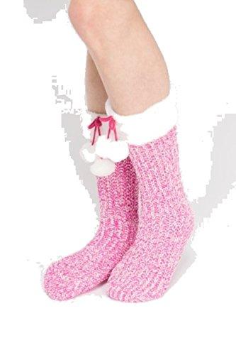 pom-pom-speckled-non-skid-slipper-sock