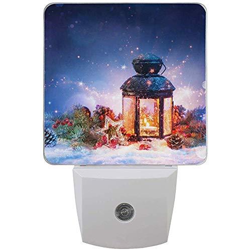 2er Pack Weihnachtsdekoration Schnee Magische Laterne Druck Nachtlicht Dämmerung bis Morgendämmerung Sensor Plug in Wandleuchte, UK -