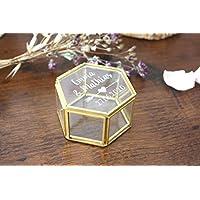 Boîte à alliances en verre et métal doré personnalisée avec vos prénoms et date gravés, forme hexagonale, boîte vitrine