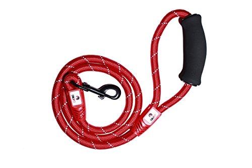 Laisse pour chiens inspirée des cordes d'escalade confortable, durable et capable d'amortir les chocs avec une poignée en mousse et une boucle souple pour les mains afin de favoriser la promenade