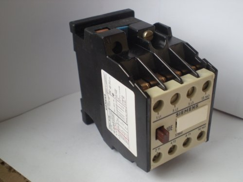 Siemens 3TB41 10-0A Relais Relay Contactor Schütz Hilfsschütz -